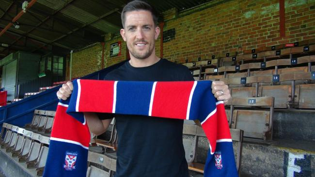 PREMIUM BOND: York City's new midfielder Andy Bond is rated as a first-class recruit by manager Steve Watson
