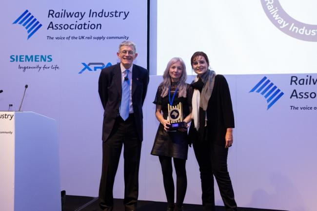 Emily Shaw receiving the Future Leader Award