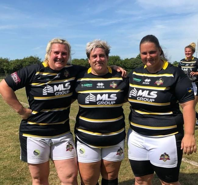 Kay Rollinson, pictured centre with York City Knights Ladies team-mates