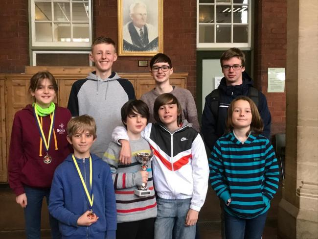 Players from York Junior Chess Club prior to lockdown.