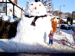 Can York build a bigger snowman?