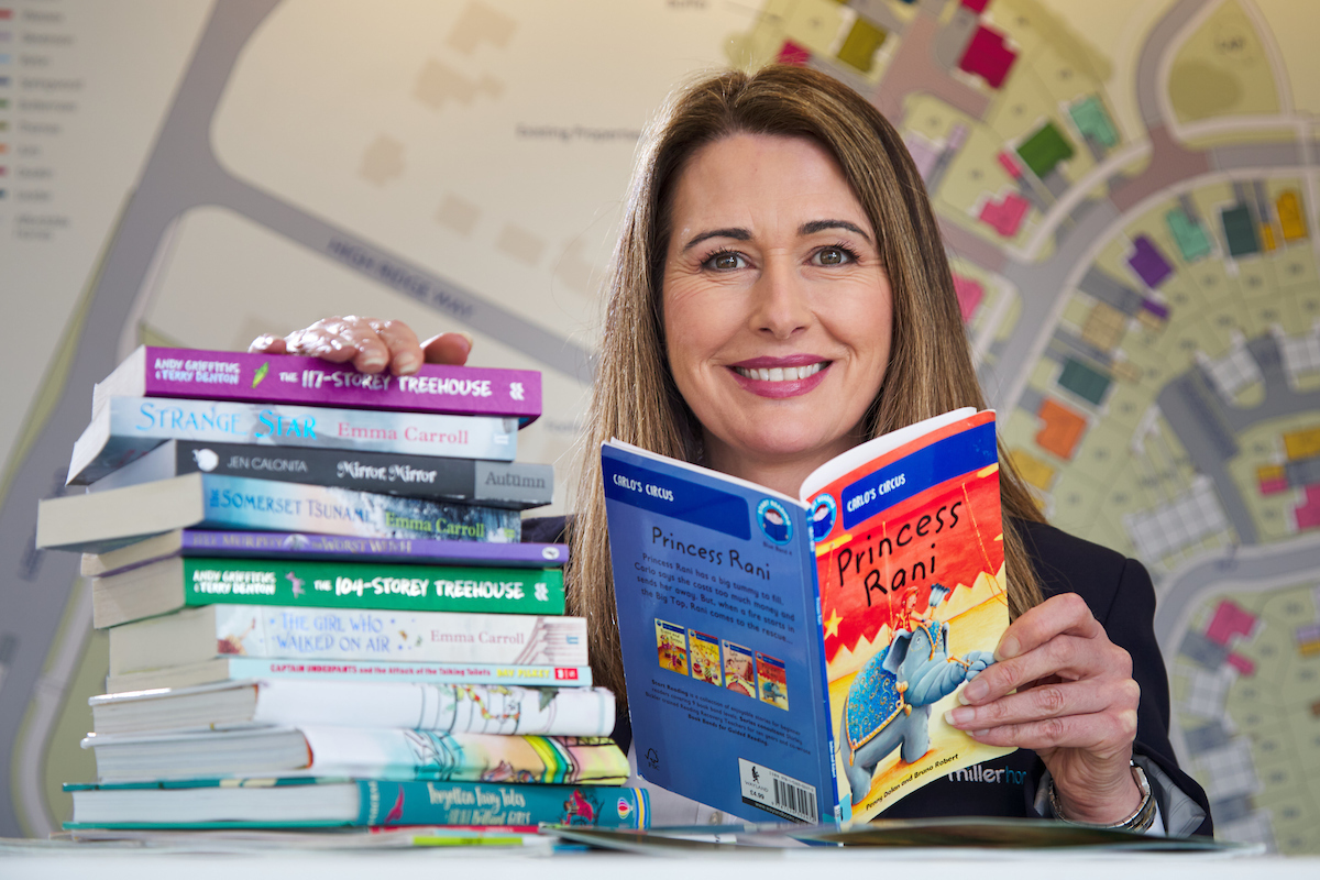 Housebuilder helps primary school pupils to celebrate World Book Day