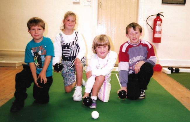 CLIFFE INDOOR BOWLING CLUB 1994