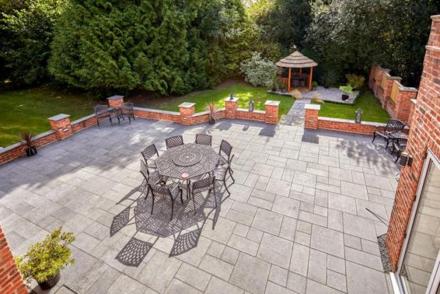 York Press: A place to eat and relax outside. Photo taken from Croft Residential/Rightmove