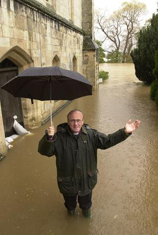 York Area Floods, November 2000, Archbishop of York at Bishopthorpe Palace