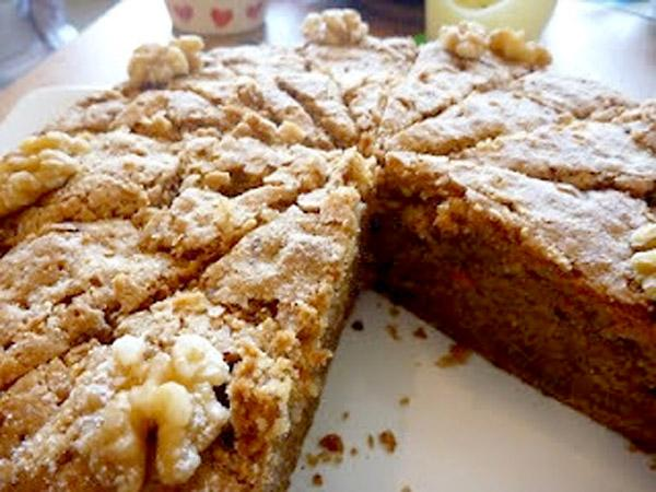Lucy's carrot and walnut cake