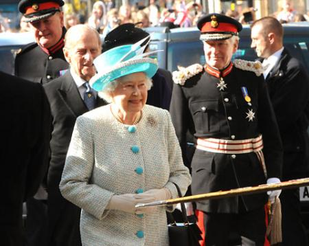 The Queen arrives at Micklegate Bar and enters the city with Prince Philip and Lord Crathorne