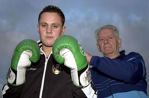 Glovesman Glenn Banks in 2003 with his then trainer Bill Brown