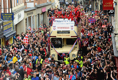 Thousands turn out for York City victory parade