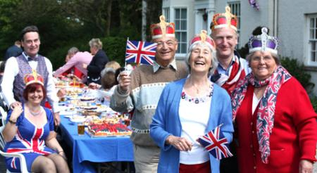 Colleen and Trevor Copley who own Grimston Hill House, set up a Jubilee Lunch for residents of Grimston, at their house on the A1079 near York, with Muriel Field and Peter Fawcett, of Field and Fawcett Wine Merchants
