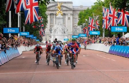 Cycling and the Marathon are among the Olympic sports that are free to watch...