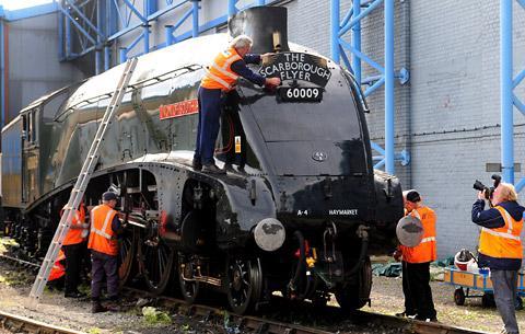 news locomotive arrives national railway museum