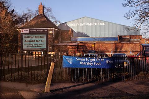 Yearsley swimming pool