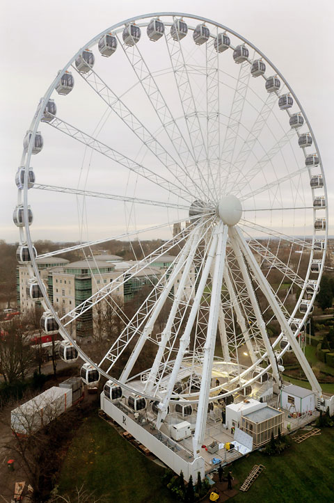 York wheel's extended stay may soon get green light