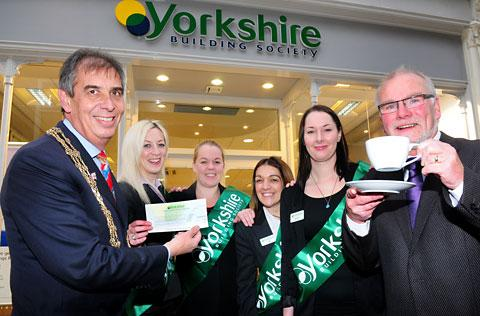 Coun Keith Hyman, the Lord Mayor of York, with Yorkshire Building Society staff Leanne Jones, Rosie Brierley, Sally Tomlinson and Hannah Turney, and fundraiser Graham Bradbury