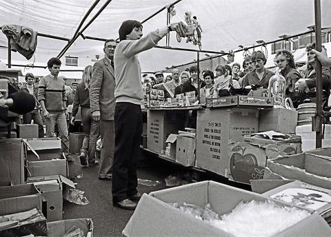 "York market pitcher: ""You get the Sindy boy, the Sindy girl, and the baby in the back there. And the only reason the baby's in the back there is because, when we unloaded the van here this morning, we found little Sindy in the same b"