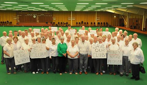 Ryedale Indoor Bowls Club members are supported by bowlers from Driffield in the campaign                 to keep the club in Norton open