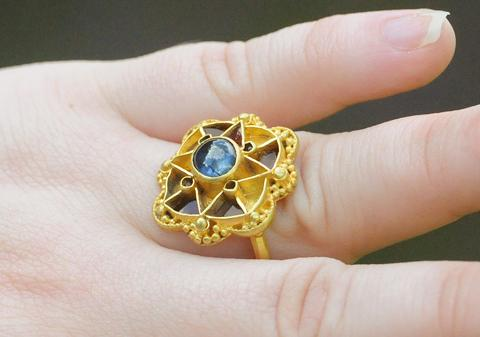 Experts come to York to solve mystery of sapphire ring