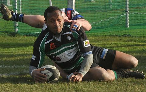 York winger Billy Cakaunitabua touches down against Driffield