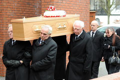 Sam Hudson's coffin is carried into Emmanuel Church Bridlington, followed by her parents, Robert and Sharon. Picture: Glen Minikin, Ross Parry