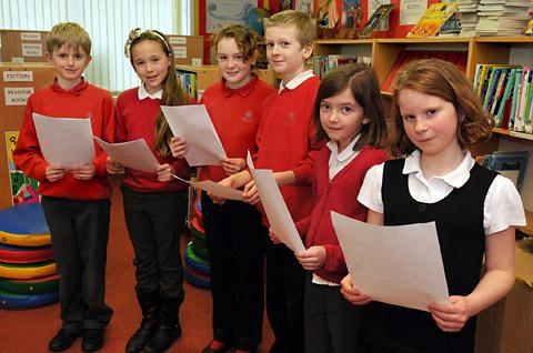 Pupils at Headlands Primary School who have written a letter to the Queen about Richard III