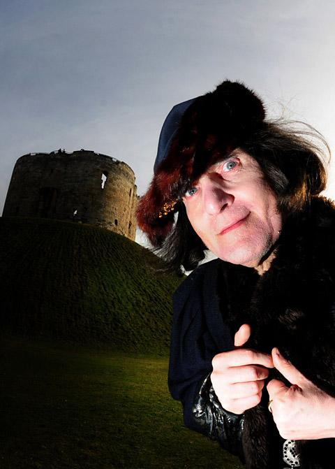 Bryan Heeley, dressed as Richard III, joined the queue for auditions at York Dungeon