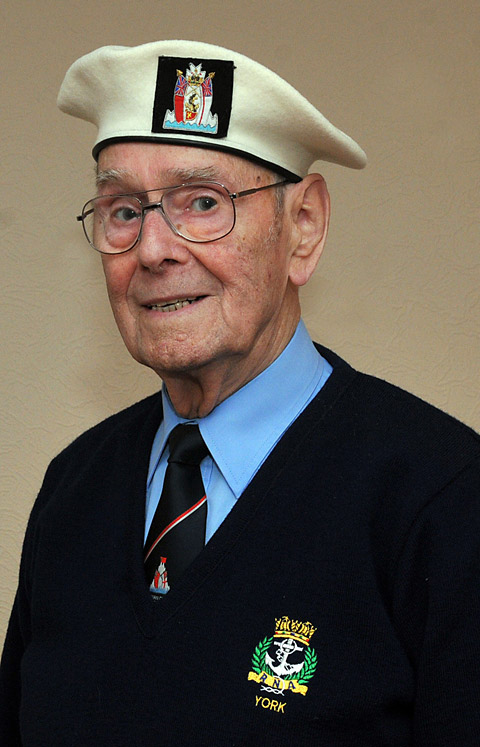 Bill to receive Arctic convoy medal at last