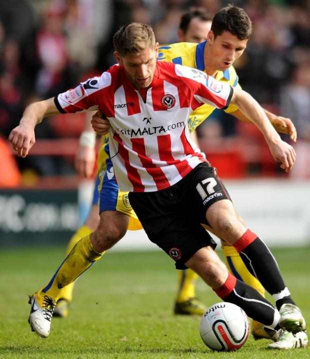 Richard Cresswell in action for Sheffield United