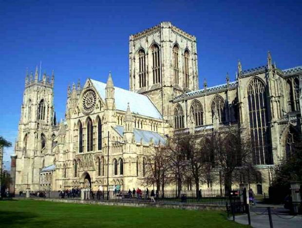 York Minster prepares for Easter