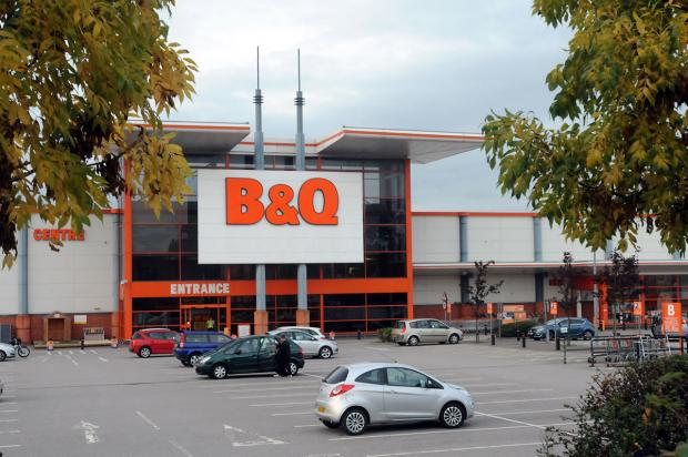 The B & Q in Hull Road, which Sainsbury's want to convert
