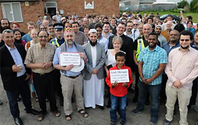 York Press: Mosque hosts open day after demonstration threats