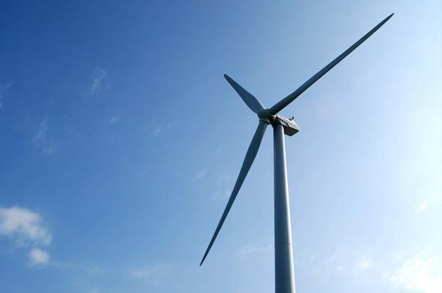 Wind turbine fight goes on