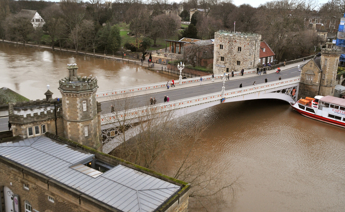 Lendal Bridge report sparks fury