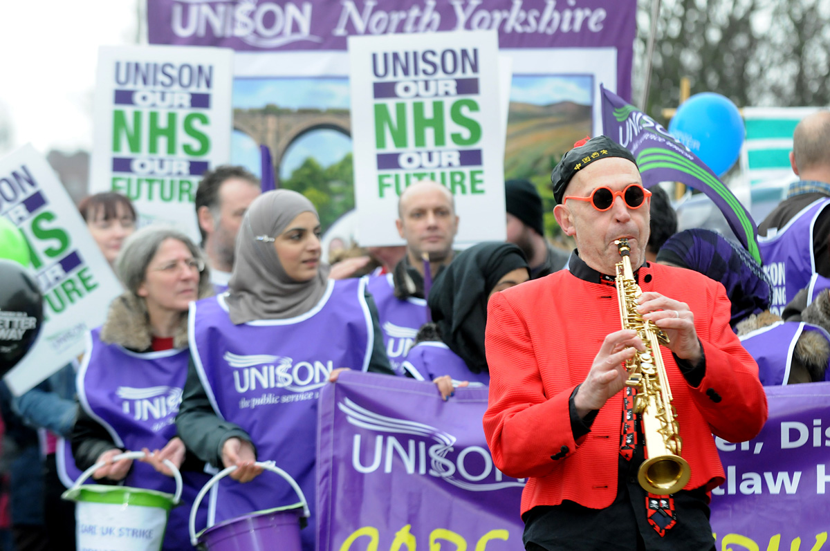 Thousands join anti-cuts march through York