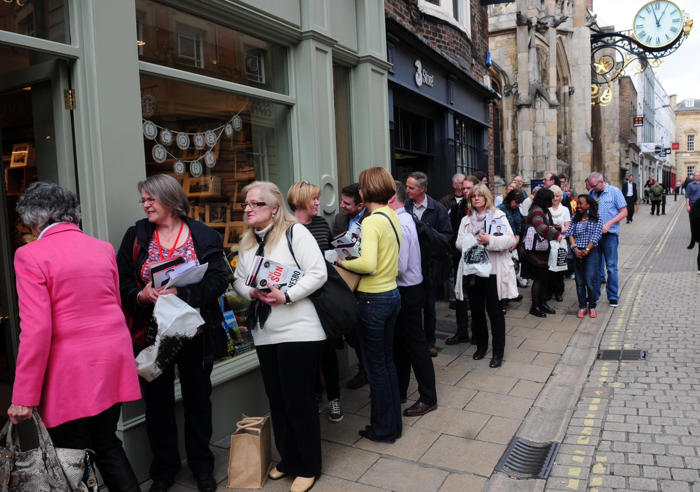 Jo Nesbo fans flock to book signing