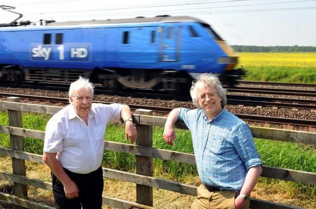 Quentin Macdonald (left) and Colin Elliff, who have come up with an alternative H2 rail plan