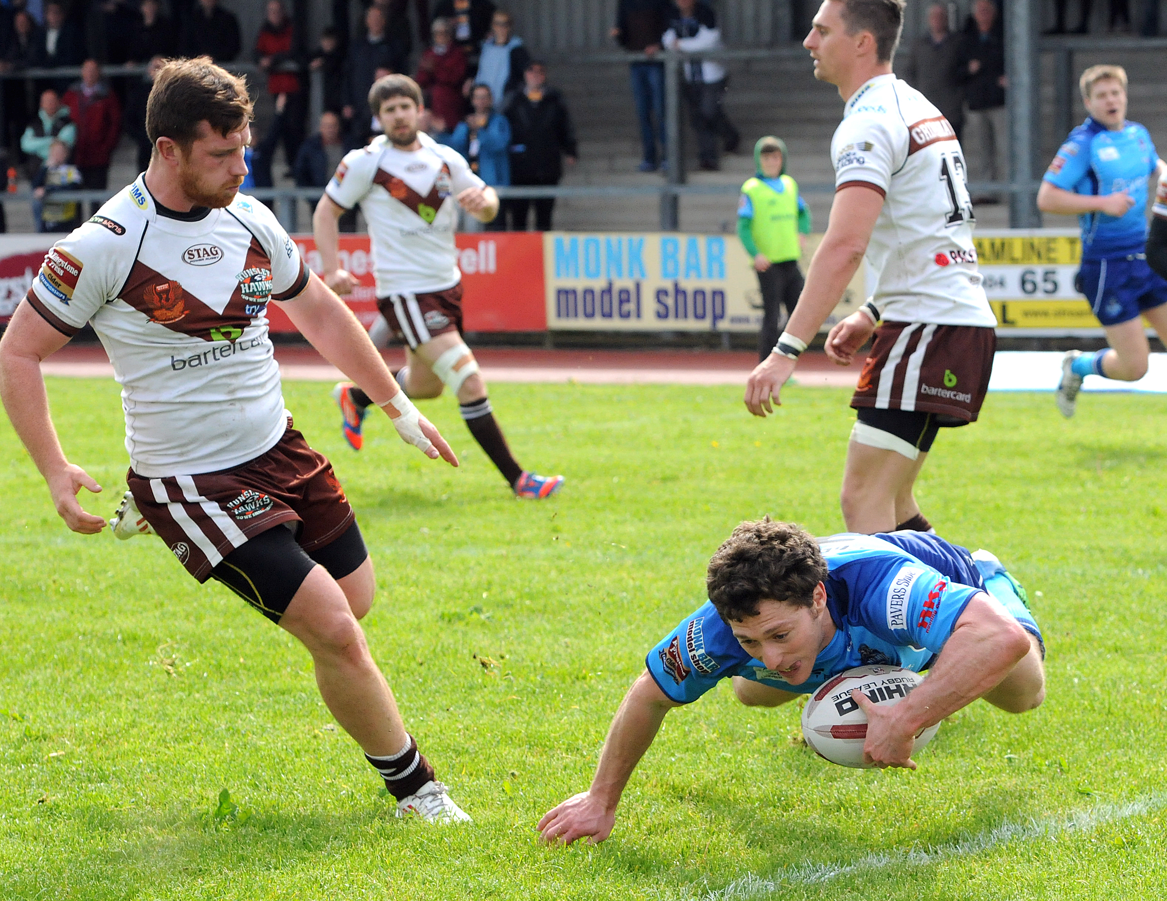 York City Knights 40, Hunslet Hawks 0