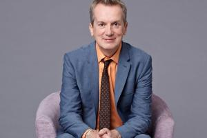 Review: Frank Skinner, Man in a Suit, Grand Opera House York