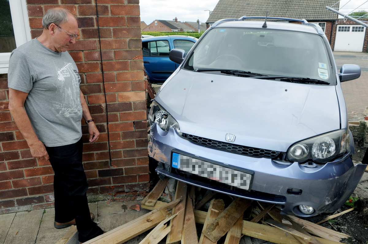 Lucky escape as car hits house