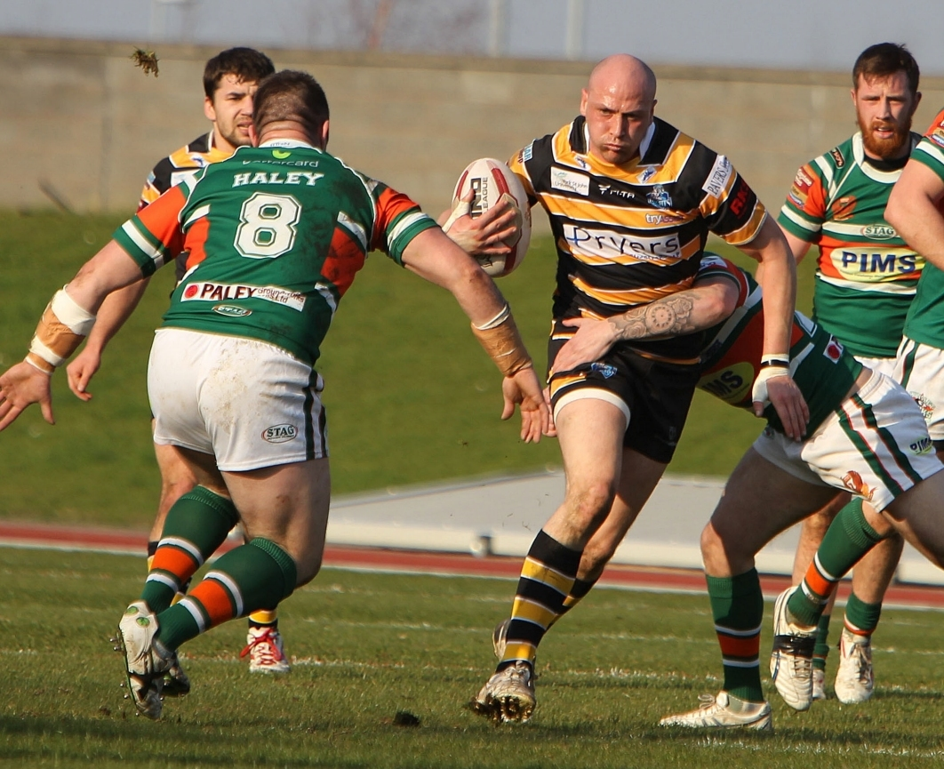 York loose forward Lee Paterson on the charge Hunslet Hawks v York City Knights