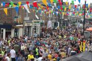 Crowds in Bishopthorpe Road after the Grand D�