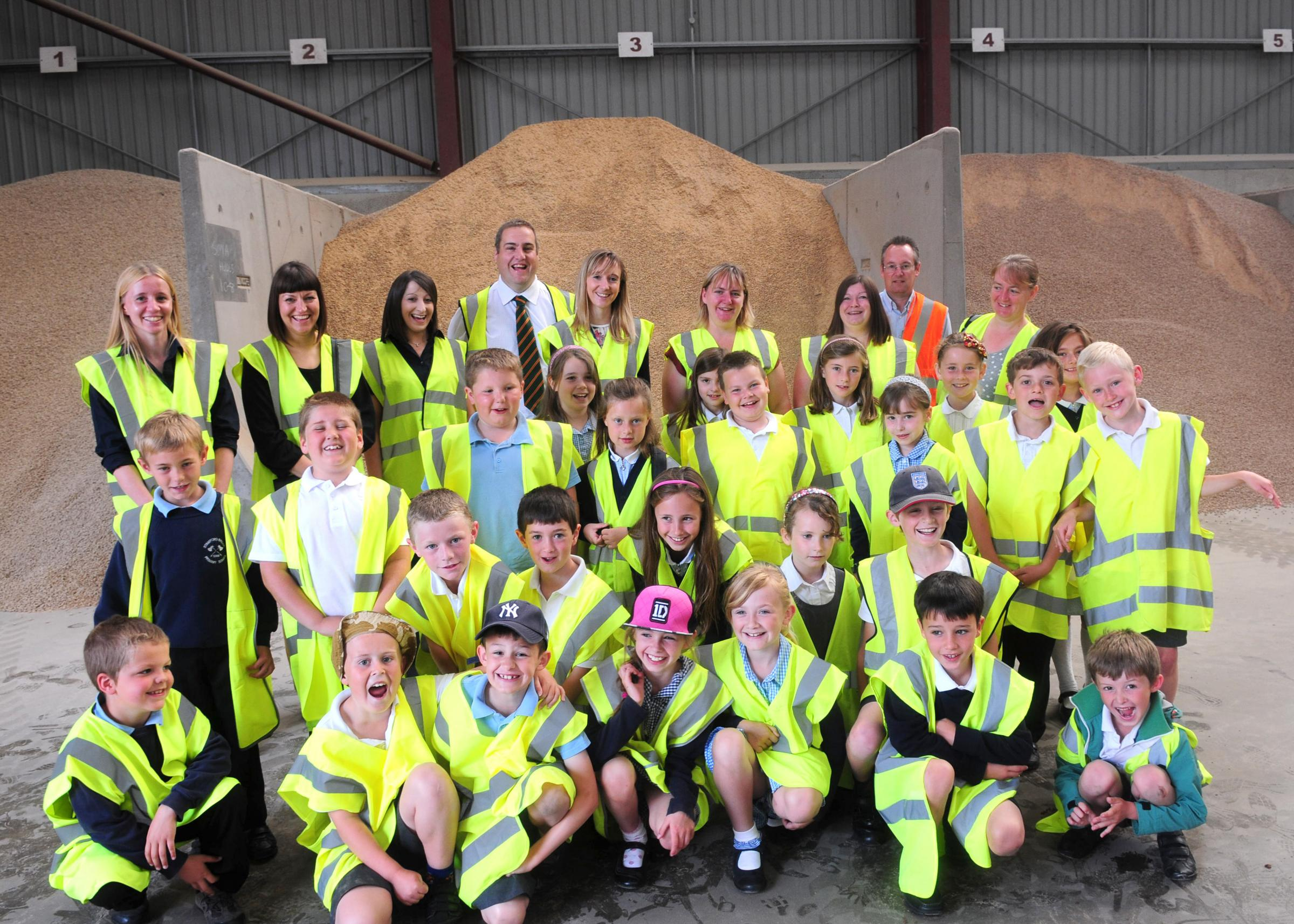 Pupils from Stamford Bridge Junior School's year 3 enjoy their trip to Thompsons of York