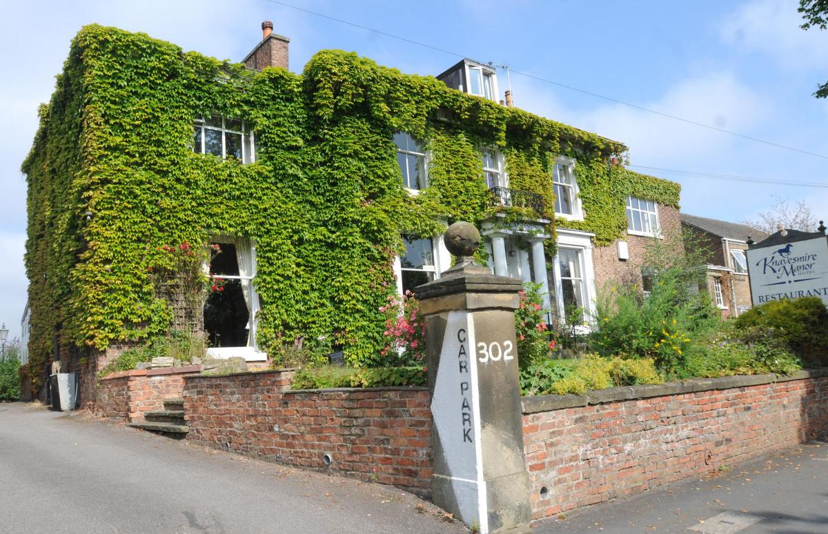 Knavesmire Manor Hotel In Tadcaster Road To Become A Private Home