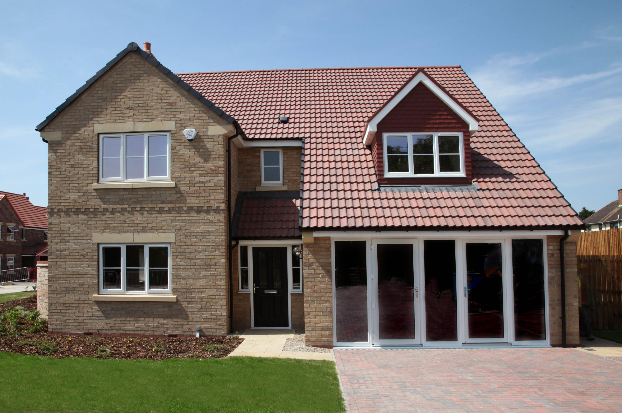 The Pilgrims Rest development by Linden Homes features ten detached homes in four house styles,with prices ranging from £349,950 to £579,750