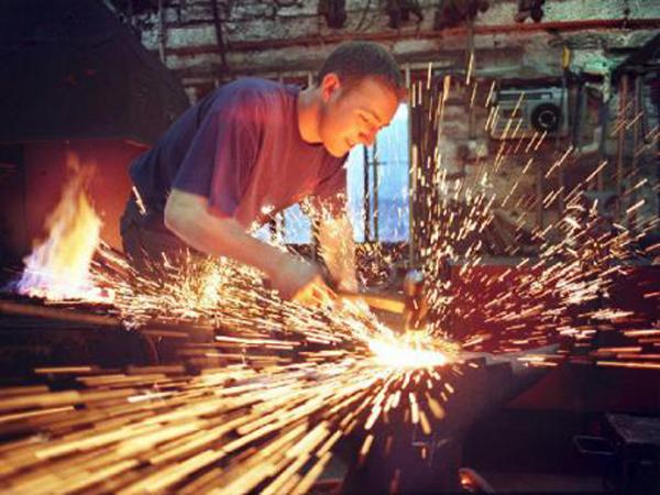 Steven Beane as an apprentice working at the Londonderry Forge in 2000