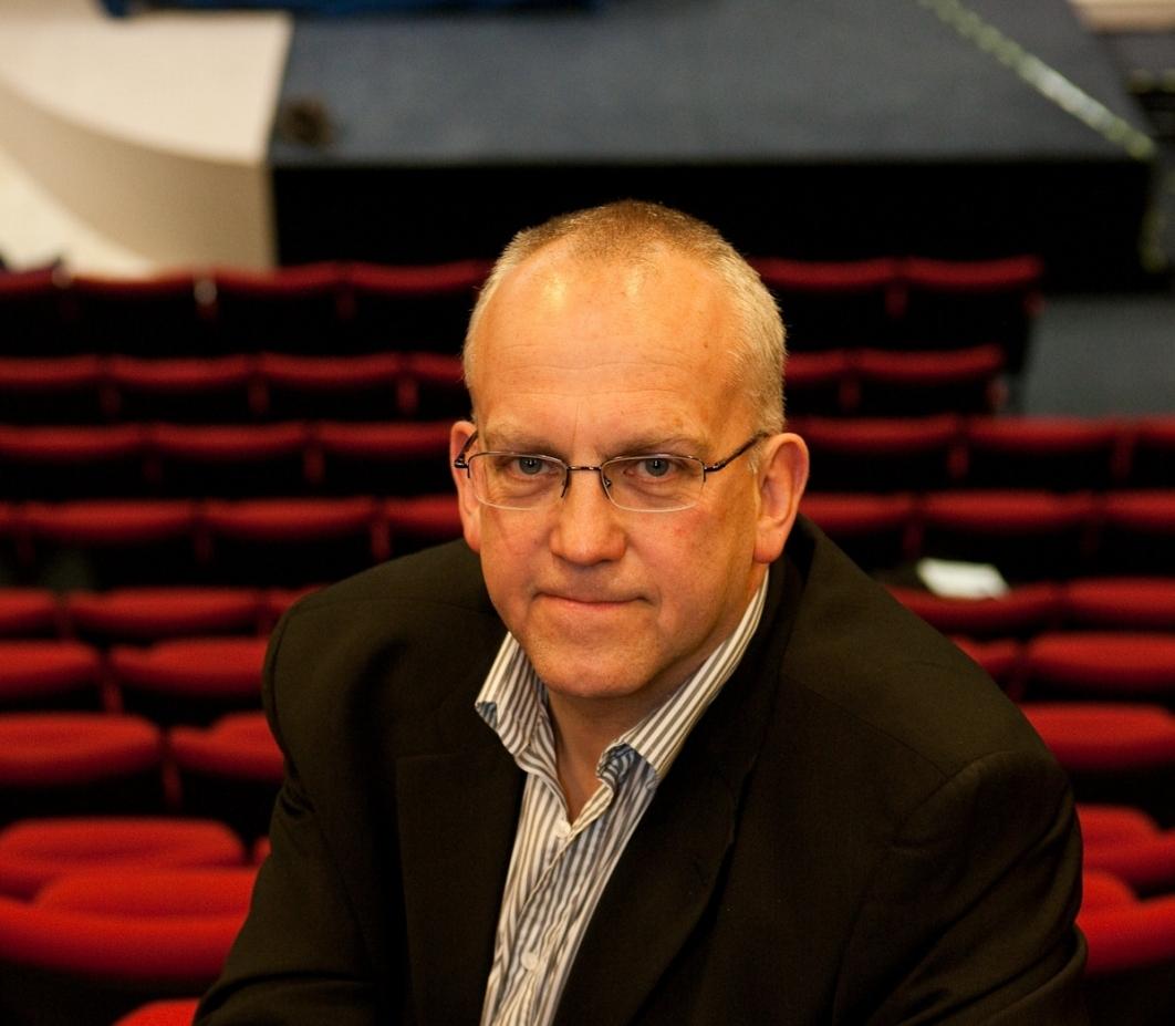 john godber in new hull truck theatre (9149329)