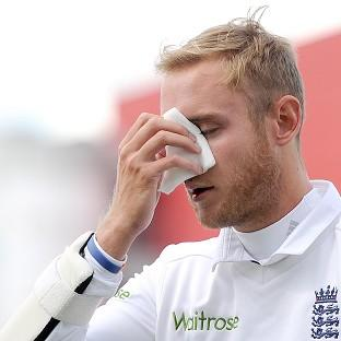England's Stuart Broad was hit by a Varun Aaron bouncer in the fourth Test