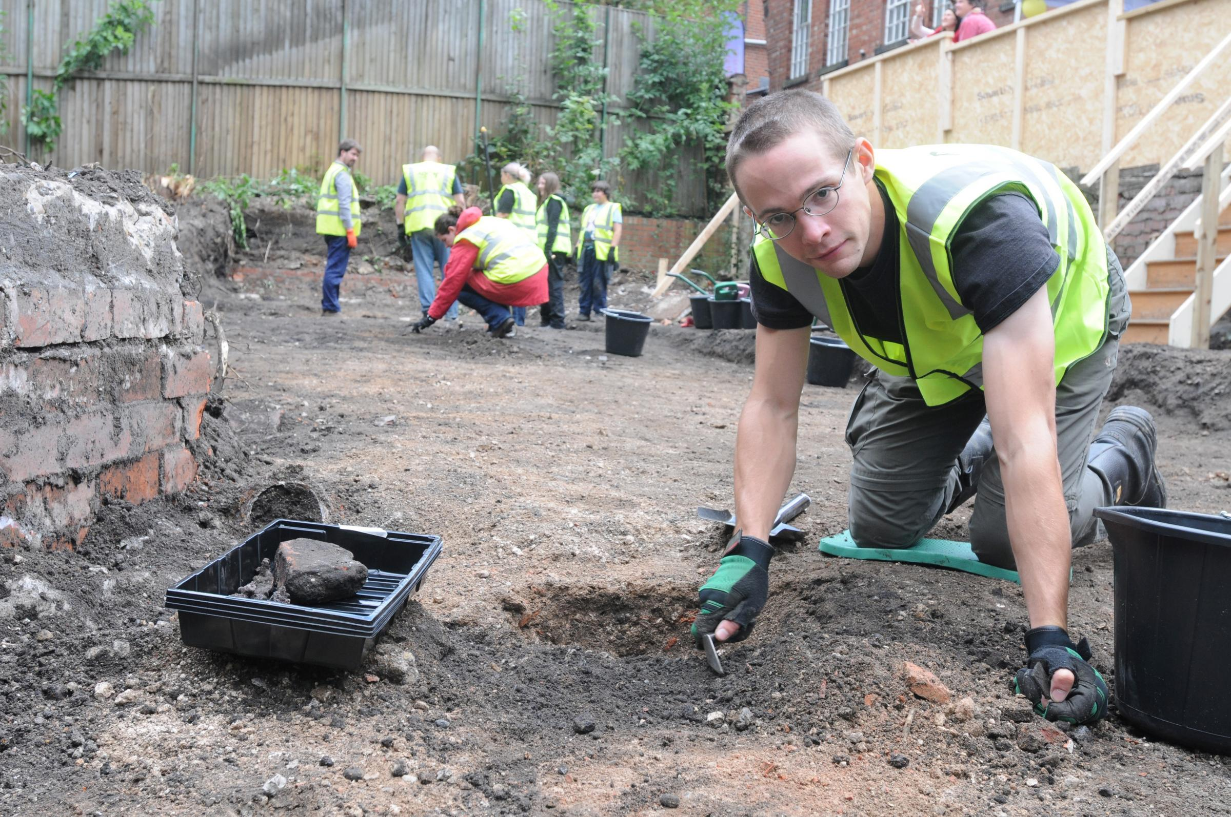 Archaeological dig next to Guildhall searches for royal clues
