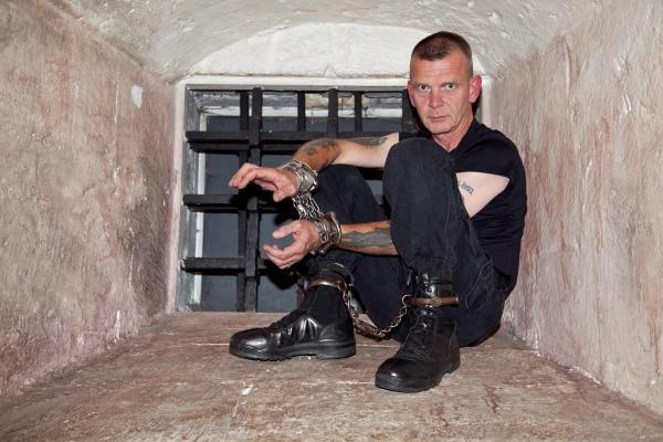 Escapologist plans bid to escape from Dick Turpin's cell
