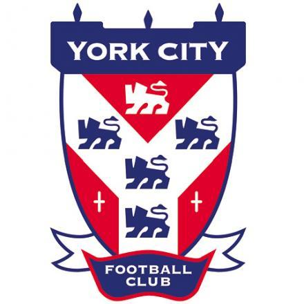 Teenage Middlesbrough right-back Brad Halliday signs York City loan deal